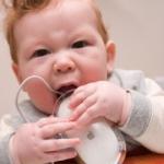 Baby Teething:  Dealing with Teething Pain